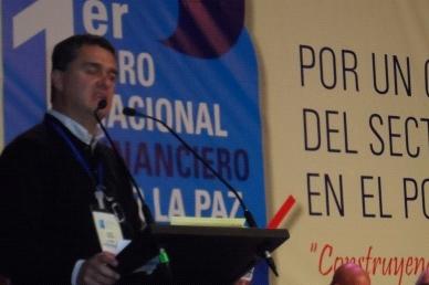 Carlos Raúl Yepes. Expresidente de Bancolombia.