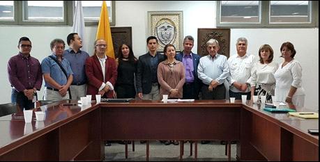 Integrantes de la comisión negociadora de Aspudea.